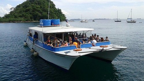 Arriving to Isla Taboga on board our beautiful catamaran ferry!
