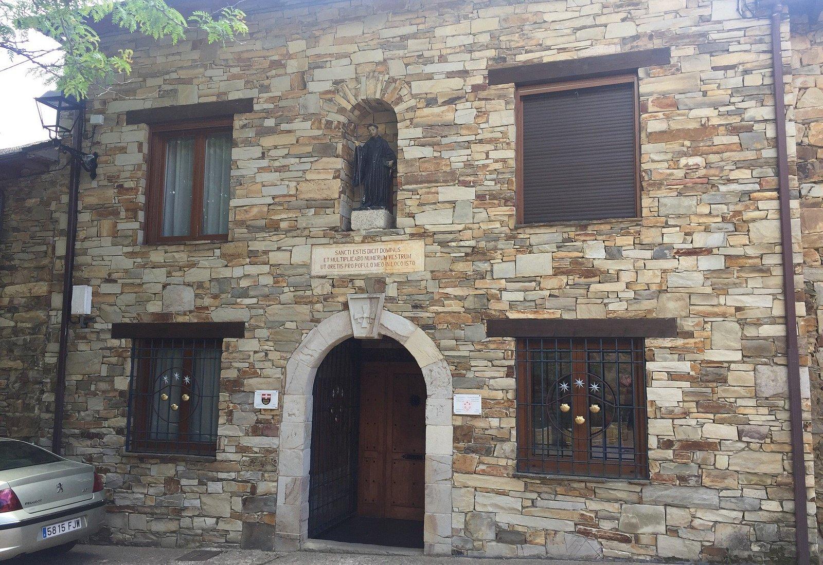 Monasterio Benedictino de San Salvador del Monte Irago