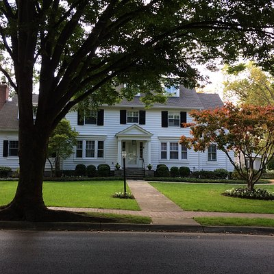 some impressive houses in chevy chase village