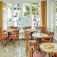 Wiener Cafehaus Style