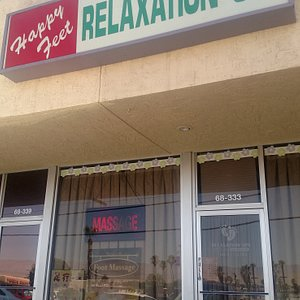 Relaxing atmosphere. You can be a walk-in, but you can also make an appointment. They can do two