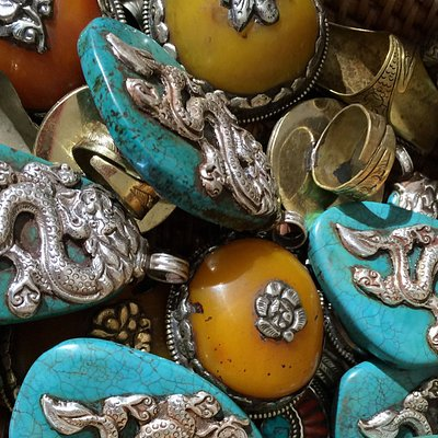 We find a lot of fascinating pendants and beads.