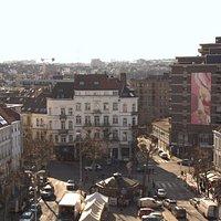 Tableau de Guillaume Bottazzi place Jourdan dans le quartier européen à Bruxelles
