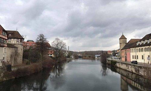 النهر اطلاله من الفندق