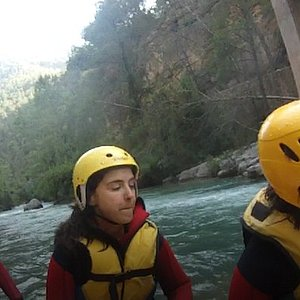 pause between white water