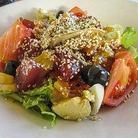 Sashimi tuna salad