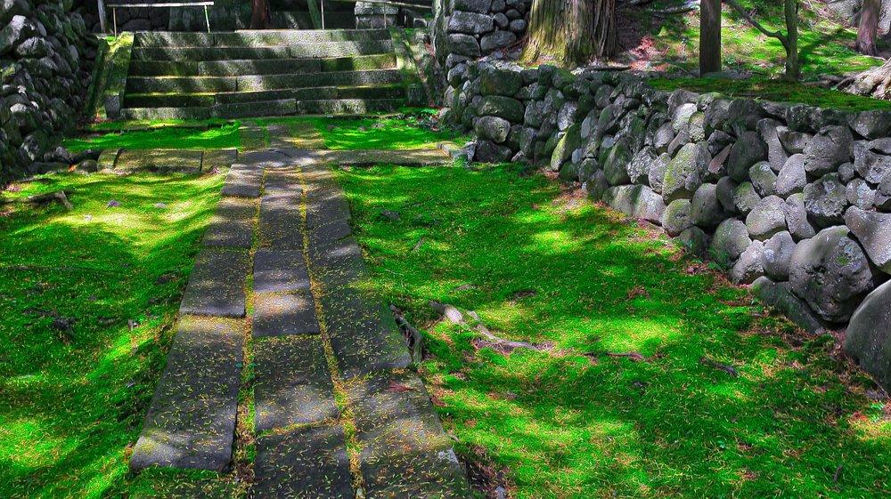 貞祥寺の参道