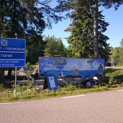 Avtagsväg till Käringsunds viltsafari