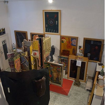 """Ambiente n.3 - La stanza del brio: """" La nuova figurazione"""" (1970-75); Opere e sculture varie"""