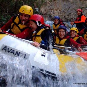 Rafting aguas bravas Somos Aventura www.somosaventura.com 60107921