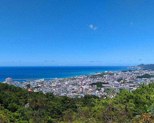 名護湾を見下ろす眺望