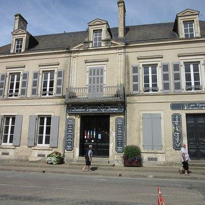 la façade de la Maison Vrignaud