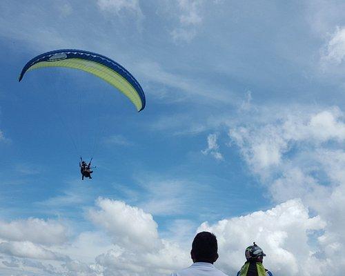 Paragliding BETATOWN