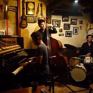 Excellent Jazz Piano Trio