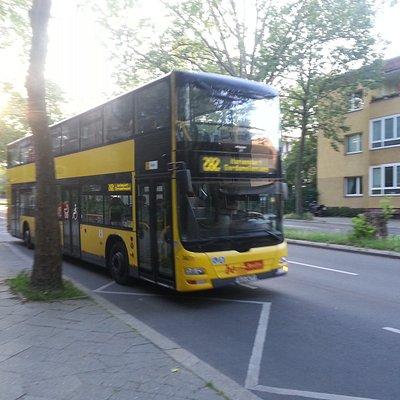 BVG-Buslinie 282