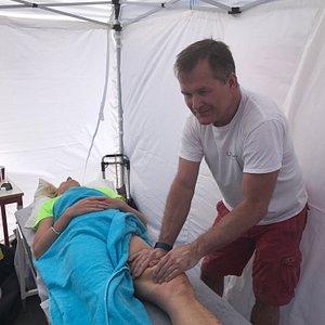 Massage during cyclerace Hisingen Runt