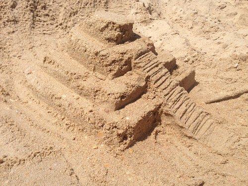 Фигуры из песка (а-ля Чичен-Ица)