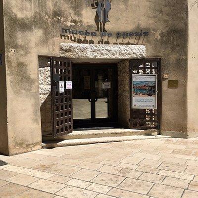 Musée Municipal Méditerranéen d'Arts et Tradition Populaires