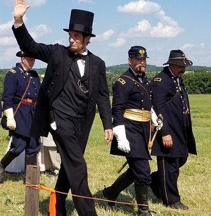 President Lincolns visit to the Battlefield to give the Gettysburg address