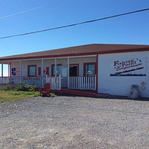 Beautiful souvenir store, free museum and homemade bakeapples and partridgeberry ice cream.