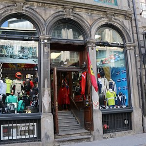 Photo of store from Rue- St. Paul, in Old Montreal