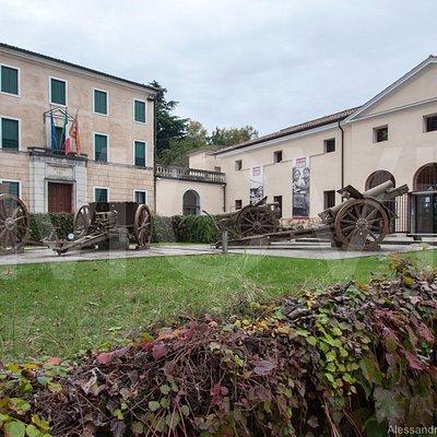 Museo del Risorgimento e della Resistenza - Parco di Villa Guiccioli