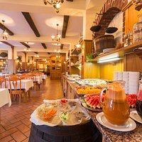 Reštaurácia Jasná - bufetové raňajky - wellness kútik a fresh