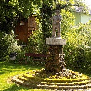 Скульптура баварского фермера