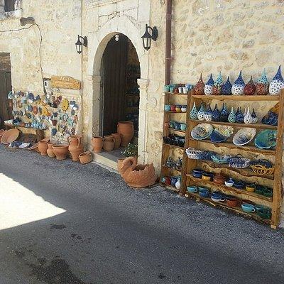 maxis  traditional handmade  ceramic shop