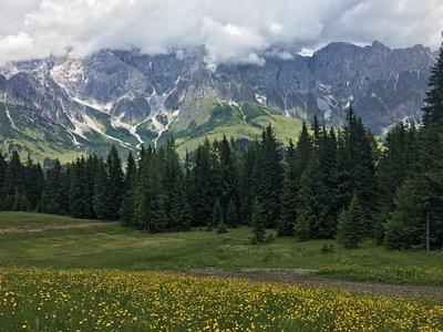 Fantasztikus túrázási helyszín, akár családoknak is.