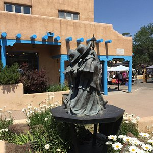 Sculpture with Farmer's Market in background