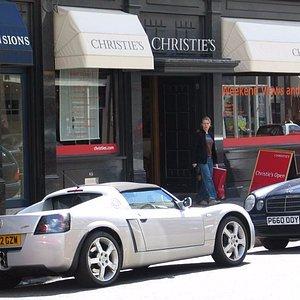 The exterior of Christie's South Kensington