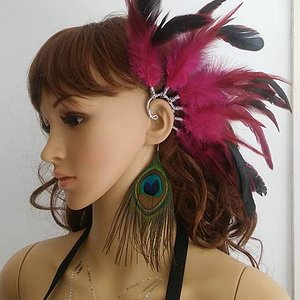 Bought this pretty feather earcuff it came right of the display :)