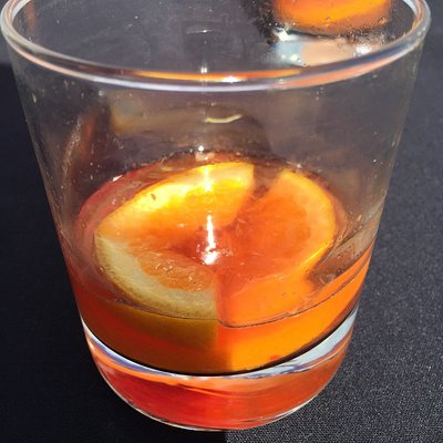 This is what they call an Old fashioned cocktail - poor, very poor.