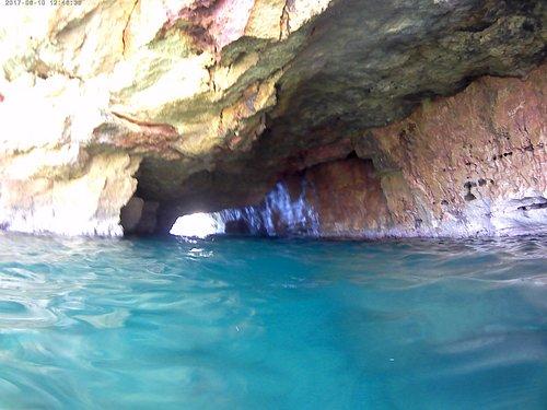 Παραλία Σπηλιές