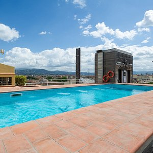 The Rooftop Pool at the Hotel Kraft
