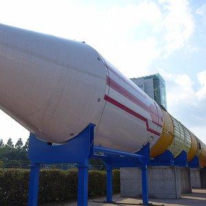 H2ロケット実物(点火はしたが上げなかった.そういう実験にしようしたとか)