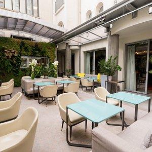 Bar at the Hotel de Sers
