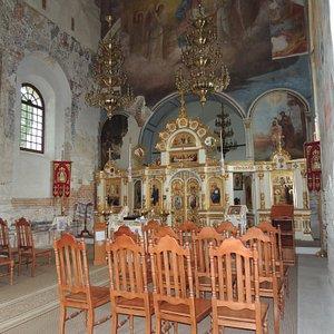 a podobno w cerkwi się nie siedzi...