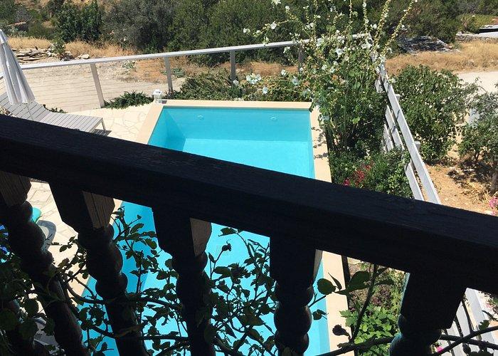 Balcony House - Vouni Cyprus June 2017