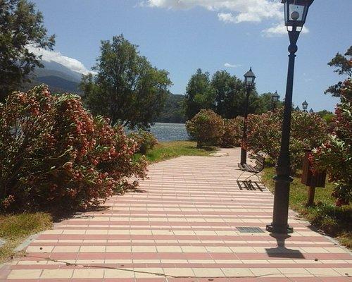 Pathway alongside the Lagoon