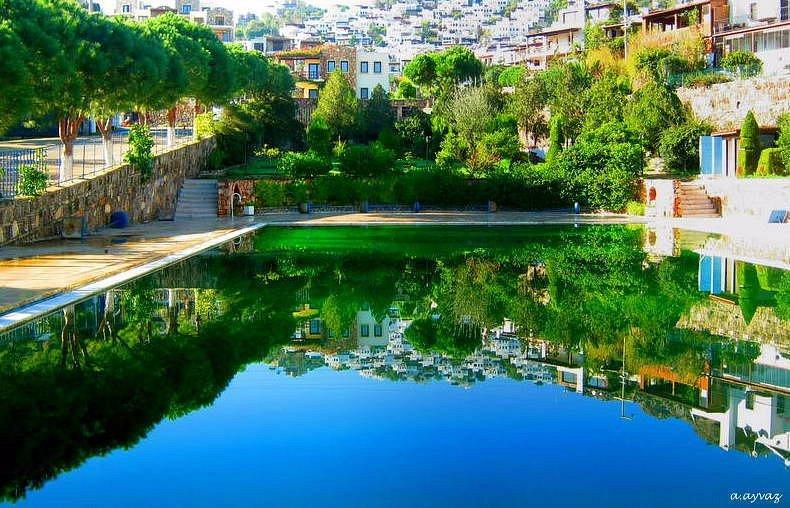 Gündoğan Denizatı sitesi Havuzu