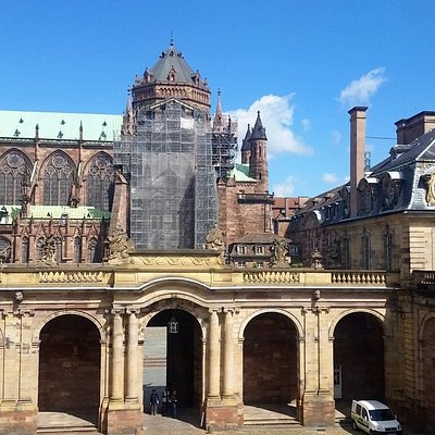Museum complex, with view of the cathedral