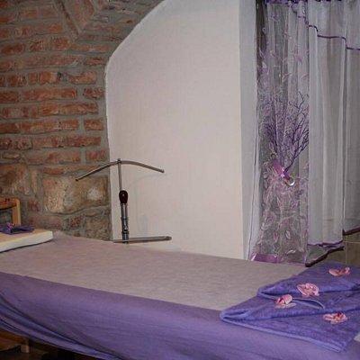 Nice place for relaxing. Fantastic massage, friendly terapist. Útulné místo pro relaxaci a odpoč