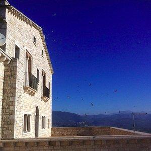 Terrazza superiore del Monastero
