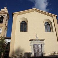 Facciata e campanile della Chiesa del Gonfalone