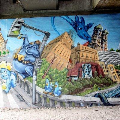 Graffiti an der Brudermühlbrücke