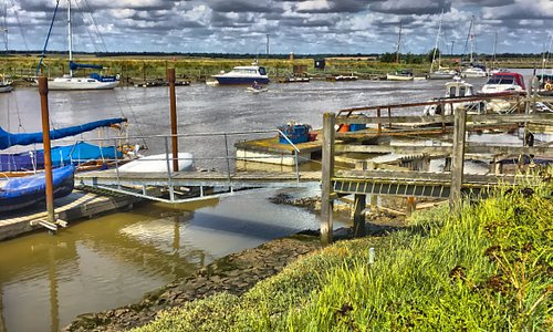 The walk from Southwold harbour to the Bell Inn.