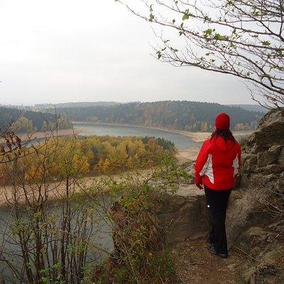 Pohled na přehradu Seč od zžíceniny hradu Oheb
