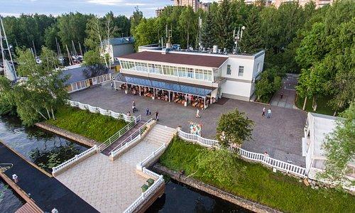 яхт-клуб АВРОРА
